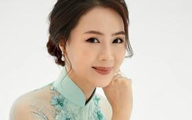 Hồng Diễm nền nã trong bộ ảnh diện áo dài truyền thống, duyên dáng chuẩn vẻ đẹp của phụ nữ Việt Nam