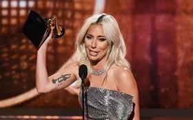 """Grammy 2019: BTS gây ấn tượng mạnh, Lady Gaga bật khóc khi """"thắng đậm"""", loạt rapper lên """"ngôi vương"""""""