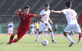 Những tác hại của mặt cỏ nhân tạo - thứ mặt cỏ mà U22 Việt Nam đang phải thi đấu tại giải U22 Đông Nam Á