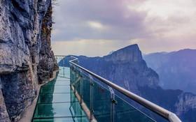 """Thực hư thông tin xuất hiện cây cầu kính nối liền Sa Pa và Lai Châu có tên là Hảo Hán Kiều khiến giới trẻ """"rần rần"""" mấy ngày qua"""