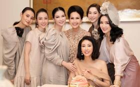 Đặng Thu Thảo, Lê Thúy hội ngộ cùng dàn mỹ nhân không tuổi Vbiz trong tiệc của Hoa hậu Hà Kiều Anh