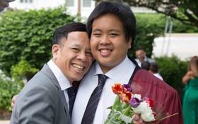 Chia sẻ xúc động của bố thần đồng Đỗ Nhật Nam trong ngày con trai tốt nghiệp THPT: Giây phút ấy thiêng liêng hơn tất thảy tiền tài và danh vọng