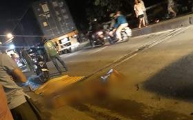 TP. HCM: Xe tải cán chết bé gái 6 tuổi rồi bỏ chạy, cha mẹ ôm con khóc nghẹn tại hiện trường
