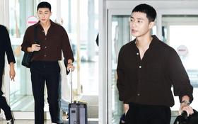 """Có ai như """"phó chủ tịch"""" Park Seo Joon, """"lột xác"""" với đầu quả dừa úp ngược mà vẫn khiến sân bay náo loạn"""