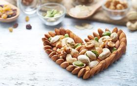 1 nắm hạt cho 2 lần ăn 1 tuần giúp tỷ lệ tử vong do đau tim giảm xuống 5 lần