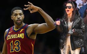 """Cô Kim """"siêu vòng 3"""" gây bất ngờ khi đến sân bóng rổ cổ vũ cho gã """"sở khanh"""" từng liên tục lừa dối em gái mình"""