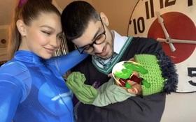 Gigi Hadid - Zayn Malik gây bão Hollywood với ảnh gia đình 3 người mừng Halloween, bé cưng cuối cùng đã lộ diện