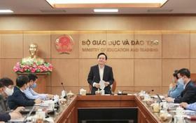 Bộ trưởng Phùng Xuân Nhạ yêu cầu sớm công bố đề thi tham khảo THPT quốc gia 2020