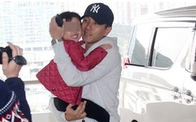 Fan lo lắng khi chồng cũ Dương Mịch và con gái Tiểu Gạo Nếp sống cùng tòa nhà có người nhiễm Covid-19
