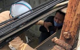 Hà Nội: Buồn chán chuyện gia đình ra cầu Long Biên tự tử, người đàn ông được chốt kiểm tra Covid-19 cứu