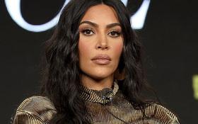 Phản ứng bất ngờ của Kim Kardashian sau khi bị Kanye West réo gọi trong bê bối đi tiểu vào cúp Grammy chấn động