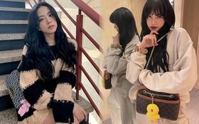 Bắt chước Jisoo, Lisa sắm móc khóa thú bông treo túi siêu cute