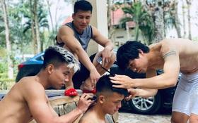 Công Phượng, Văn Thanh hợp sức cắt tóc mới cho tân binh của HAGL
