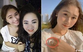 """Dâu thứ nhà CEO Đại Nam gia nhập đường đua kim cương, trưng trổ chiếc nhẫn """"hột nhãn"""" được bà Phương Hằng tặng?"""