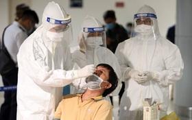 Ngày 16/10, Hà Nội thêm 12 ca mắc Covid-19 mới, 8 trường hợp về từ TP. Hồ Chí Minh