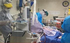 1 bác sĩ lo cho 10 bệnh nhân COVID-19: Áp lực khủng khiếp tại các bệnh viện ở TP. Hồ Chí Minh