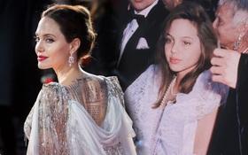 """Angelina Jolie và 2 thảm đỏ huyền thoại: 11 tuổi đã như sao hạng A vì xinh vô thực, 44 tuổi thành luôn bà hoàng đẹp """"bức người"""""""
