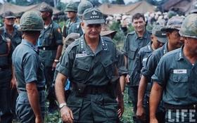 """Ảnh hiếm: Cận cảnh """"đối thủ"""" của Đại tướng Võ Nguyên Giáp trong các trận đánh lịch sử"""