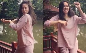 Người đẹp chuyển giới Nong Poy mặc đồ ngủ nhảy múa siêu nhắng nhít