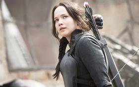 """Katniss sẽ là biểu tượng cho phụ nữ về sức mạnh trong """"Mockingjay - Part 2"""""""