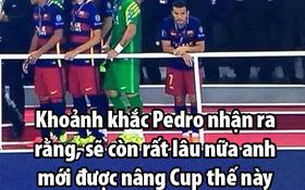 """Ảnh chế: Pedro buồn rầu nghĩ về cuộc sống """"không danh hiệu"""" ở Man Utd"""