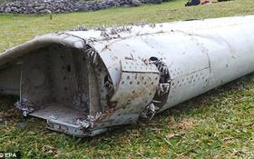 Malaysia Airlines khẳng định mảnh vỡ thuộc Boeing 777