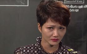 """Next Top Model: H' Hen Niê bị loại sau khi """"khóc từ nhà ra phố"""""""
