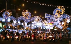 Choáng ngợp với vẻ lộng lẫy đón năm mới của thành phố Cần Thơ