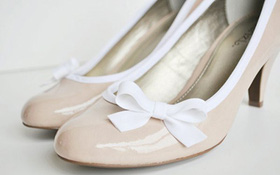 F5 đôi giày trơn bằng tuyệt chiêu đơn giản