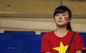 Nữ CĐV khóc cuối trận chung kết của U19 Việt Nam gây sốt khắp mạng xã hội
