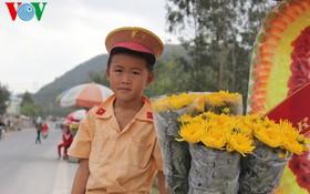Mộ Đại tướng tràn ngập hoa thơm ngày giáp Tết