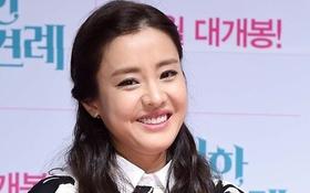 """Mỹ nhân phim """"Dae Jang Geum"""" bỗng phát tướng, bị soi chân to"""