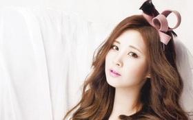 """Những thần tượng Kpop khiến fan phục sát đất vì tài """"bắn"""" ngoại ngữ"""