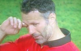 Ryan Giggs xúc động rơi nước mắt nói lời từ biệt Manchester United