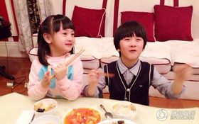 Bé Cindy và Thiên Thiên tung ảnh mới, đẹp hơn Kimi - Angela