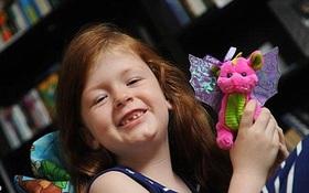 Bé gái 7 tuổi khiến cả viện khoa học quốc gia Úc phải lên tiếng xin lỗi