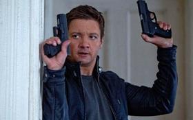 """""""Hawkeye"""" không muốn làm vật thế thân"""