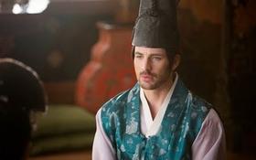 Captain America mặc hanbok trở về thời Chosun