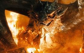 """Rồng ác """"The Hobbit 3"""" nhấn chìm tất cả trong biển lửa"""