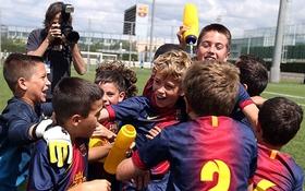 Bản tin sáng 4/11: 10 cầu thủ trẻ của Barcelona bị cấm thi đấu