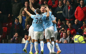 Man United 0-3 Man City: Tan tác