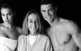 """Nghi án Ronaldo chụp ảnh """"thiếu vải"""" cùng Irina Shayk"""