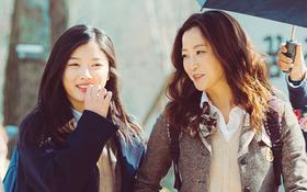"""Vì sao phim của hai """"mẹ con"""" Kim Hee Sun - Kim Yoo Jung gây sốt?"""