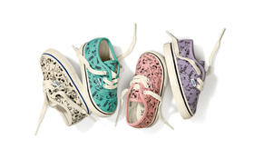 Bộ sưu tập giày Vans theo phong cách Snoopy ngộ nghĩnh và đáng yêu