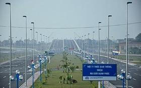 Hà Nội gắn biển đường Võ Nguyên Giáp vào ngày khánh thành cầu Nhật Tân