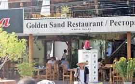 Nhà hàng Việt không tiếp… người Việt