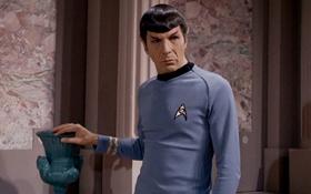 """Ngôi sao kỳ cựu của phim """"Star Trek"""" qua đời ở tuổi 83"""