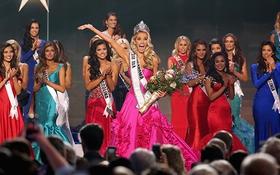 Cận cảnh nhan sắc 26 tuổi đăng quang Hoa hậu Mỹ 2015