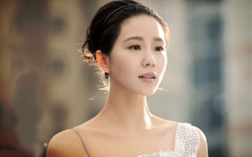 """Vẻ đẹp sương mai của Lưu Thi Thi trong """"Bộ bộ 2"""""""