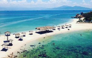 Bãi tắm đôi vô cùng độc đáo ở Nha Trang: Thiên đường trên mặt đất là có thật!